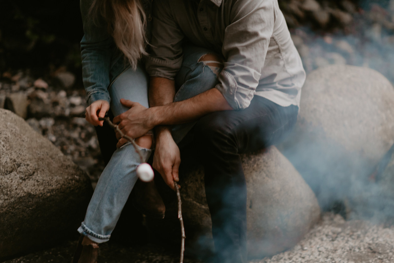 BUNTZEN-LAKE-ENGAGEMENT-MEGHAN-HEMSTRA-PHOTOGRAPHY-5