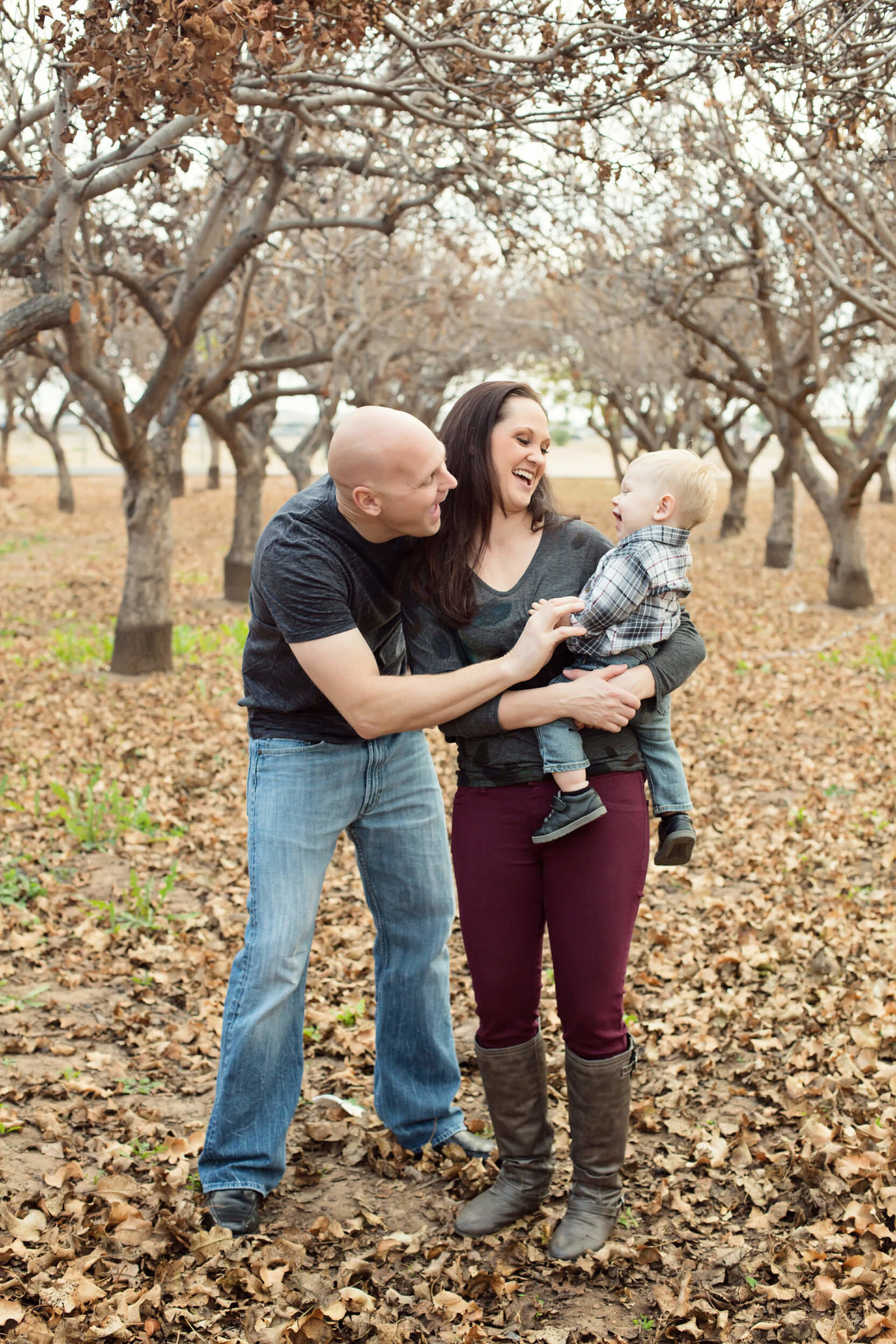 outdoor autumn family photography