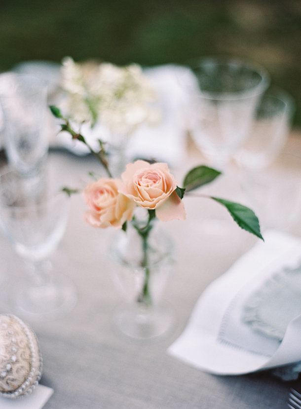 a-gorgeous-european-french-tablescape-max-gill-jill-lafleur-normandy-france-chateau-le-val-sylvie-gil-photography-melanie-gabrielle-photography-18
