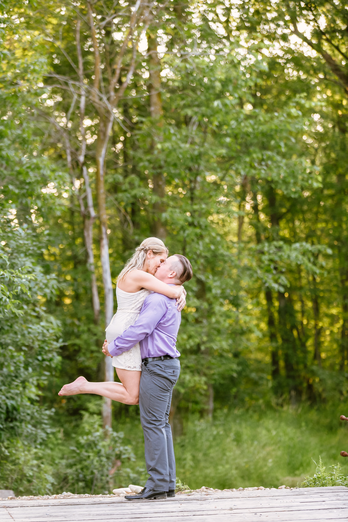 engagement-session-outdoor-lift