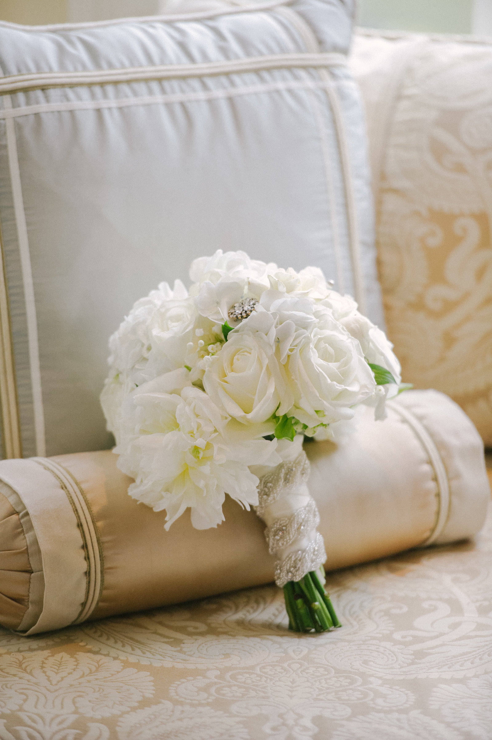 ashford estate wedding, Jimmy choo, MDS floral
