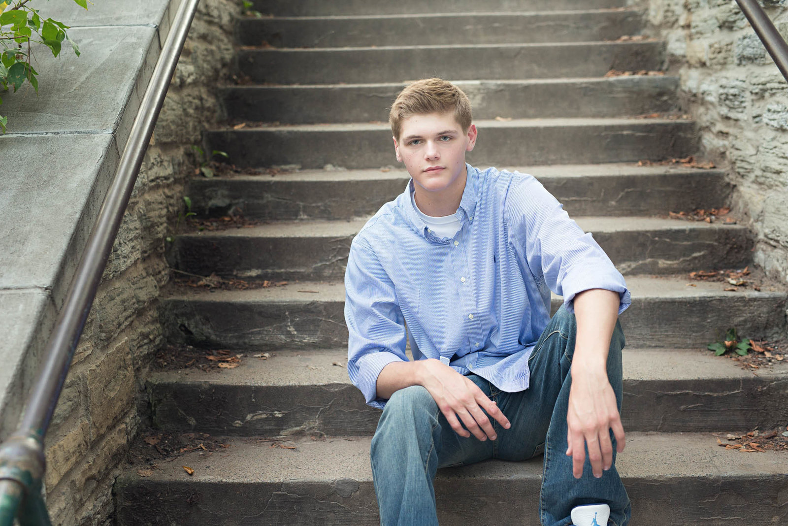 Best senior portrait photographer for high school boys