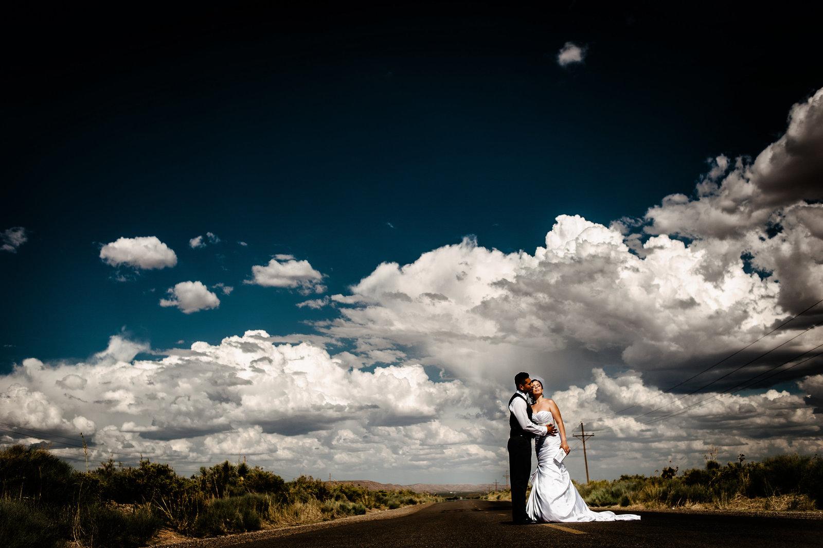 259-El-paso-wedding-photographer-116LaJu_0116