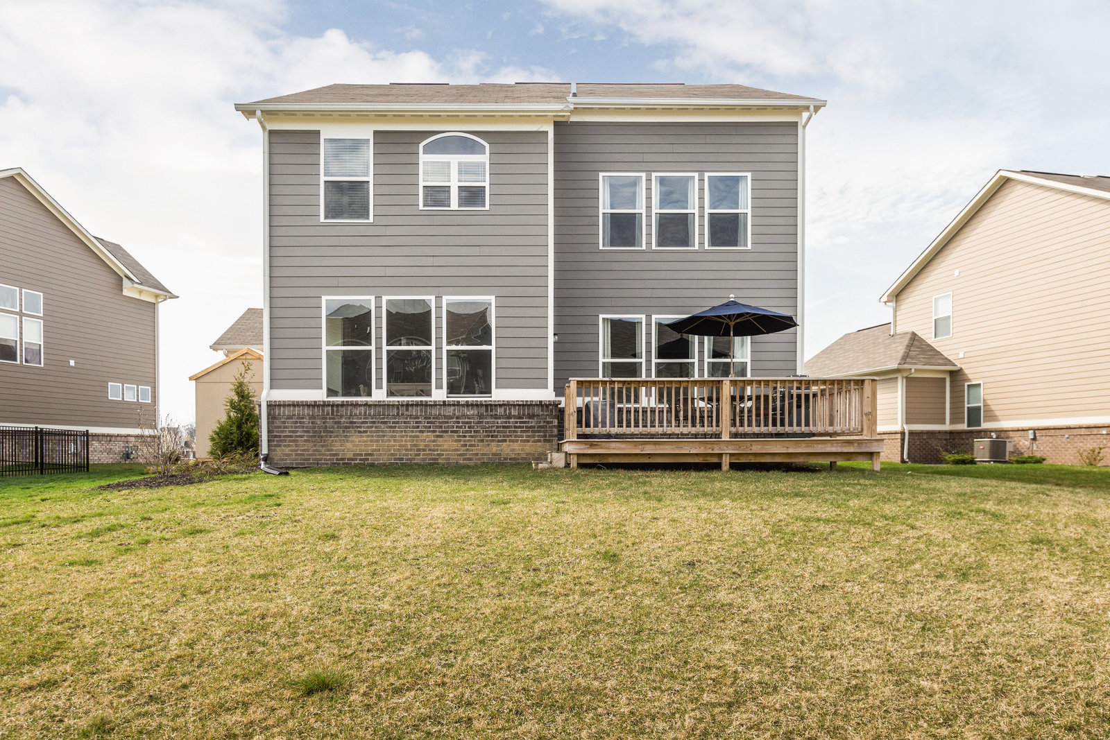 14059 Knightstown Dr-27