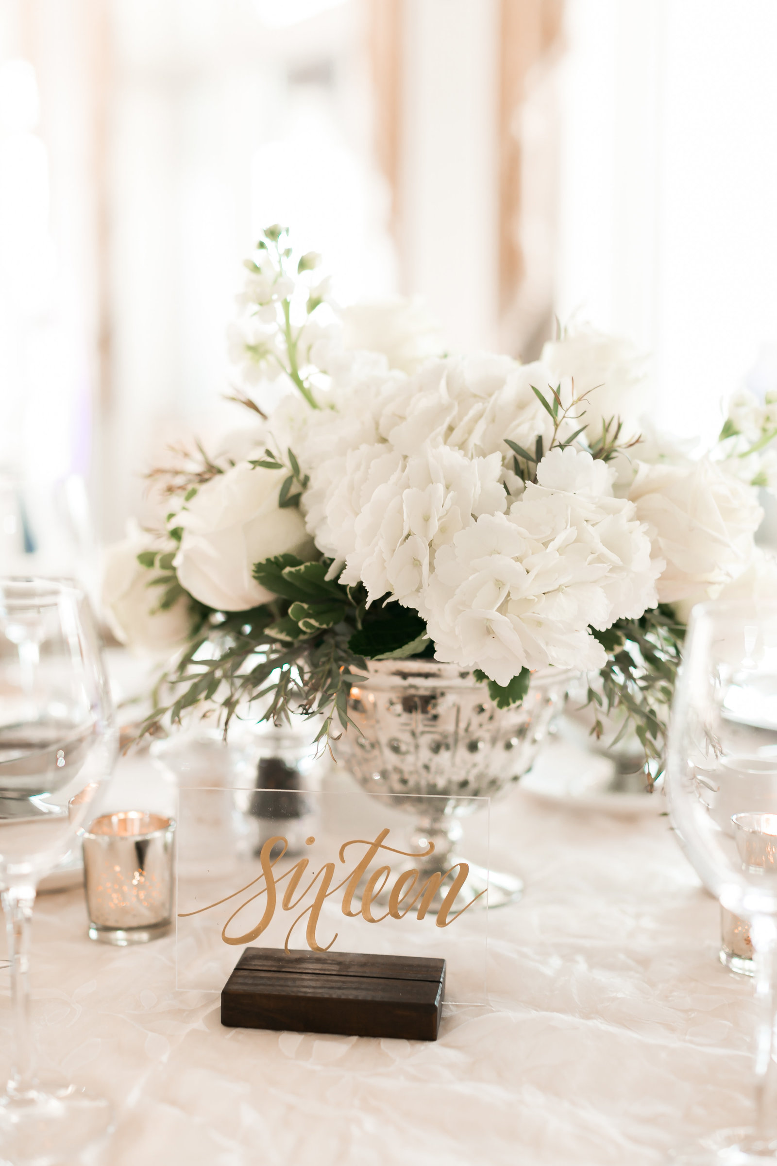 Two Rivers Country Club Classic Spring Wedding by Elizabeth Friske Photography-22
