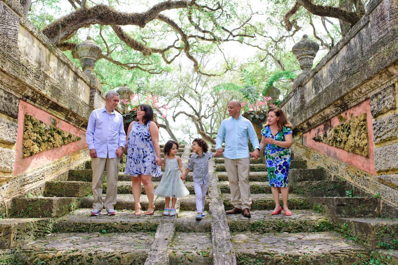 Vizcaya Gardens family photographer 0015