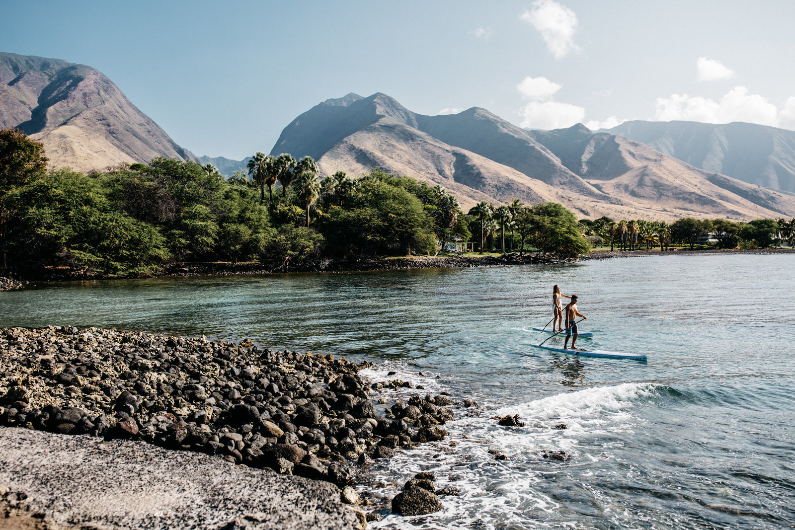 paddle board engagement, unique engagement idea, maui locations, maui wedding