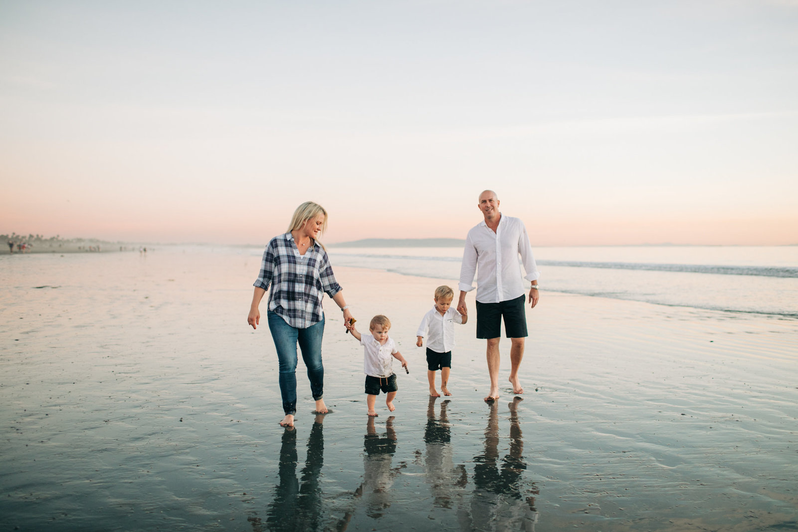 Santa_Beach_Family_session_Lily_Ro_Photography-8448