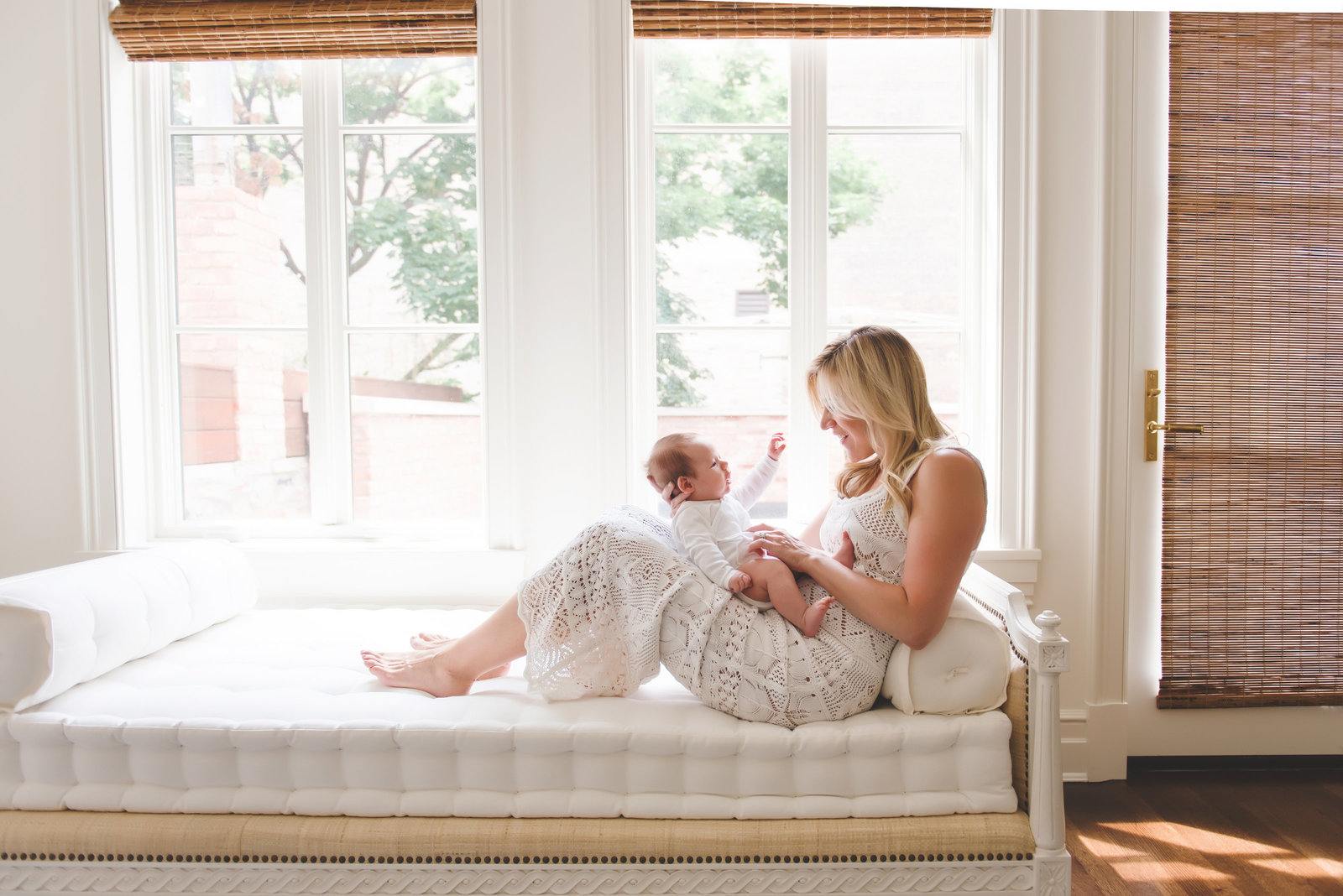 chicago newborn lifestyle photography  william-21