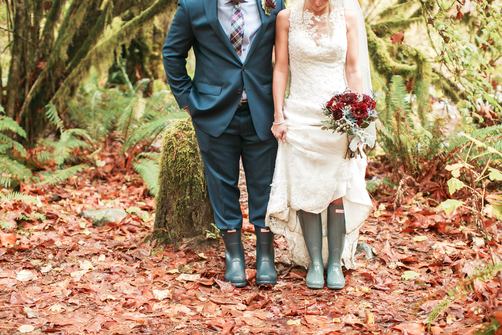 Ashley-Clay-Treehouse-Point-Elopement411637