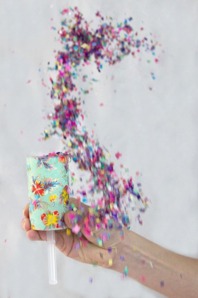 Confetti-Push-Pop-DIY-22-thesarahjohnson-e1456147232841