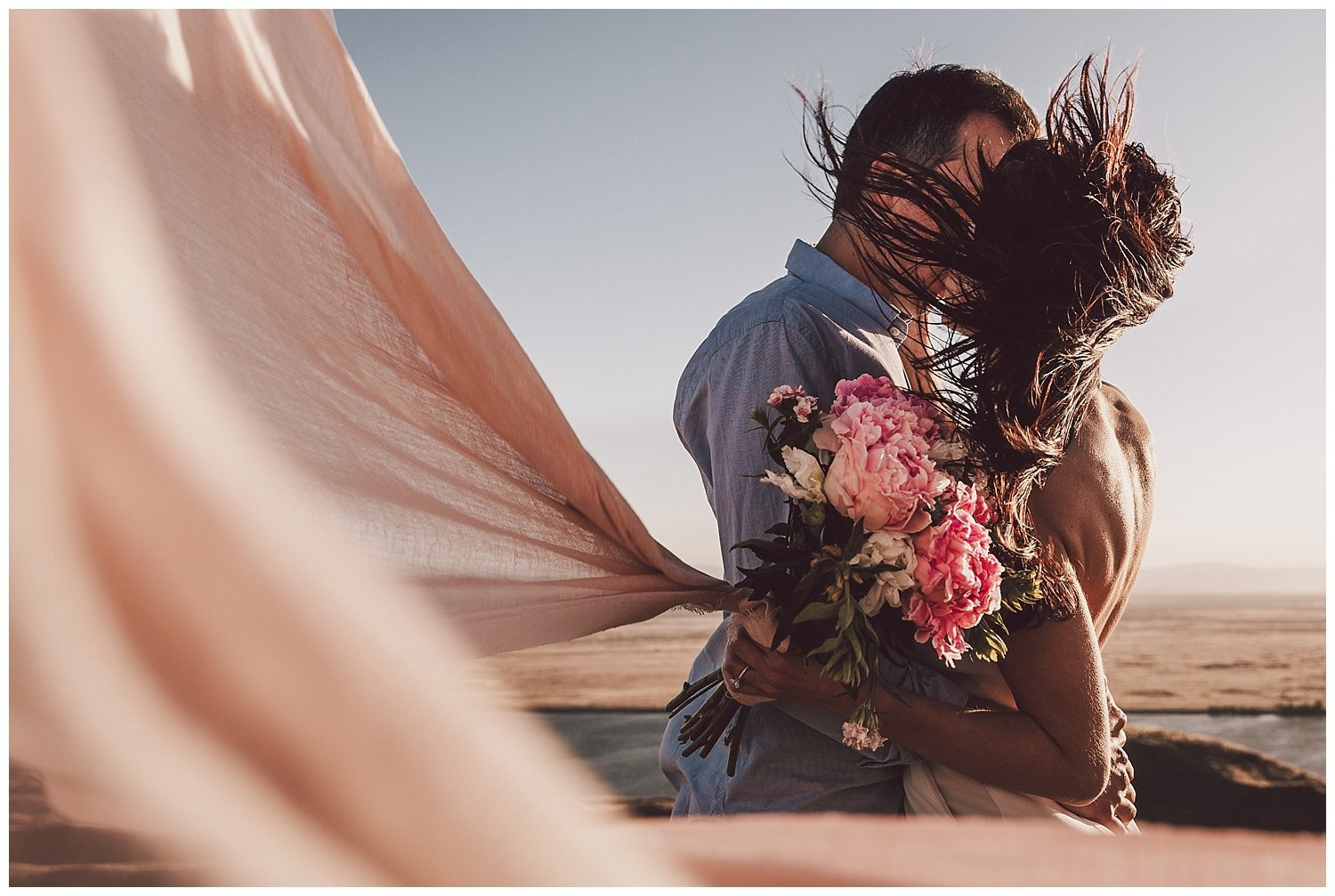 epic desert engagement session by luma weddings
