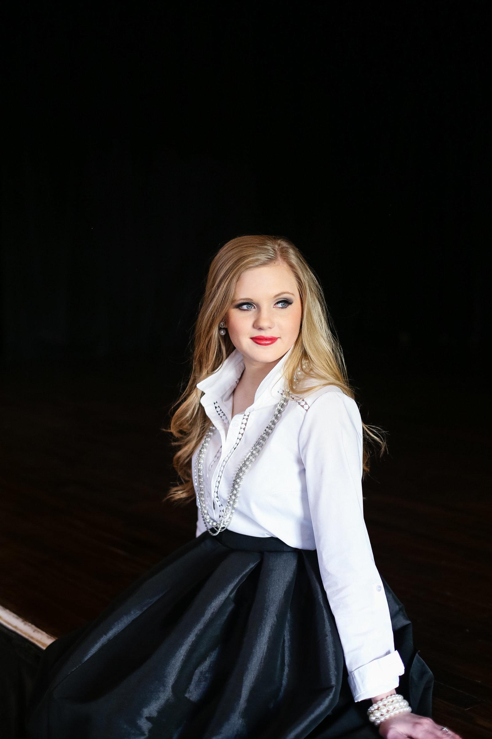 Fort Worth senior Photographer | Kim Hayes Photography | www.kimhayesphotos.com