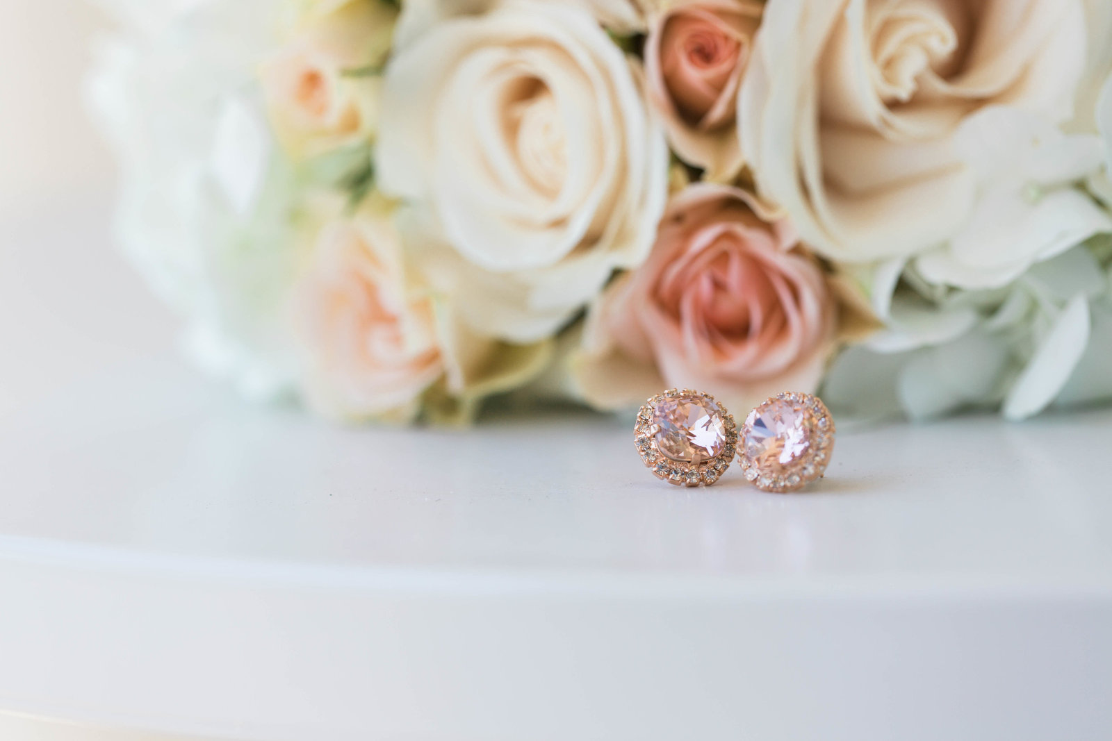 rose quartz wedding details