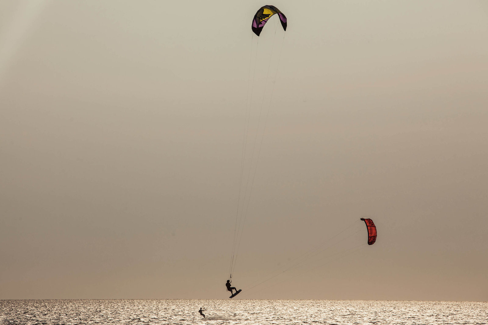 Kite-surf-sport-jump-bay-outer-banks-nc-kate-timbers-photography-1633
