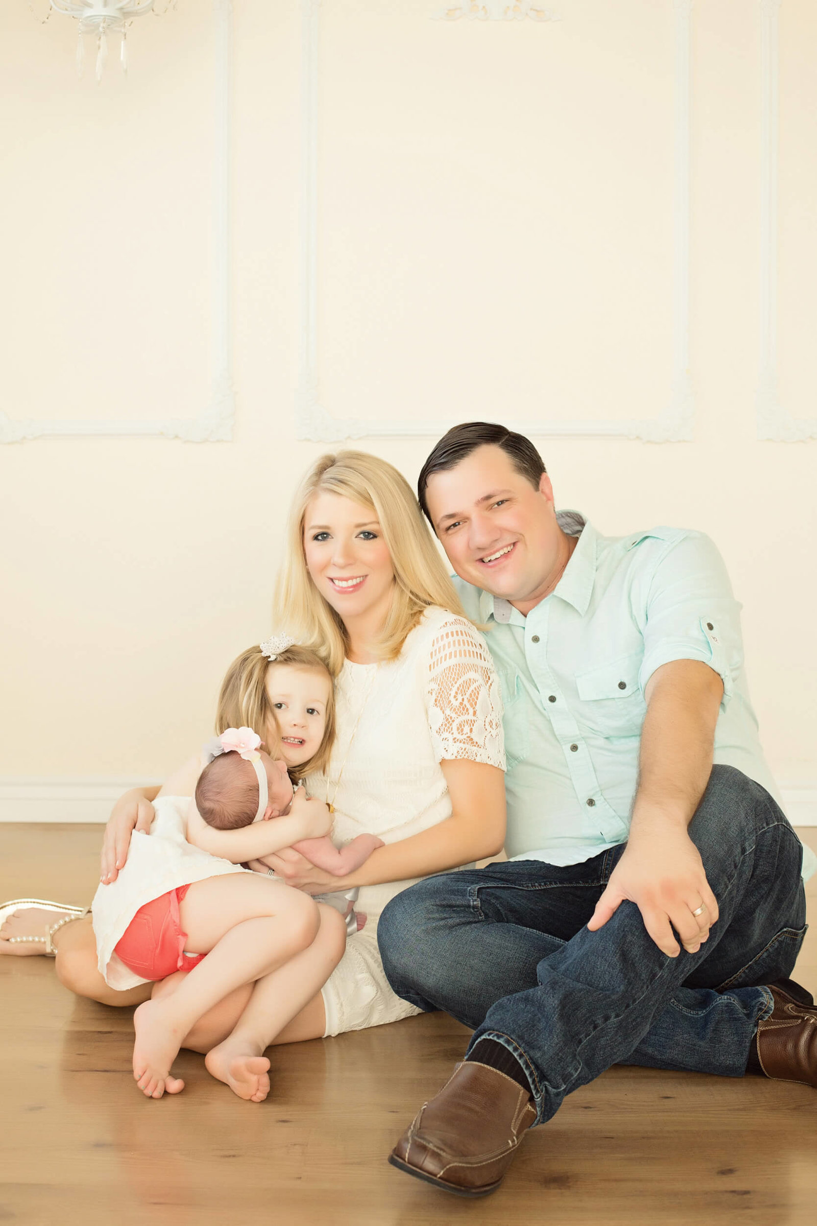 indoor newborn family photography