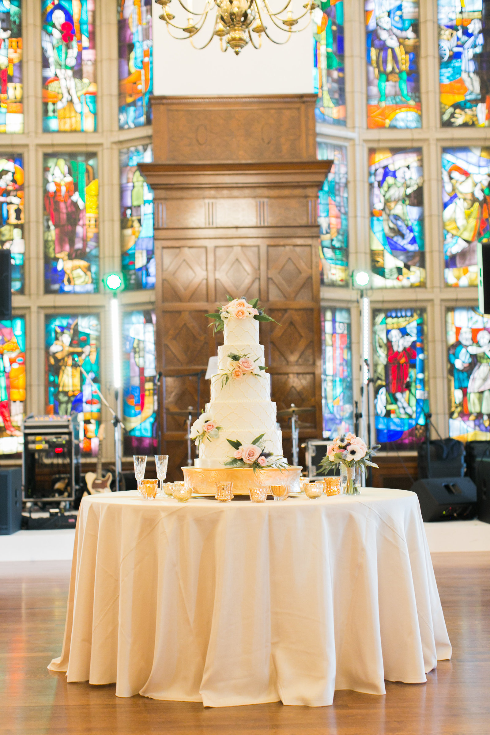Wedding_Planner_Kansas_City_Madison_Sanders_Events_Brass_on_Baltimore_Spring-663