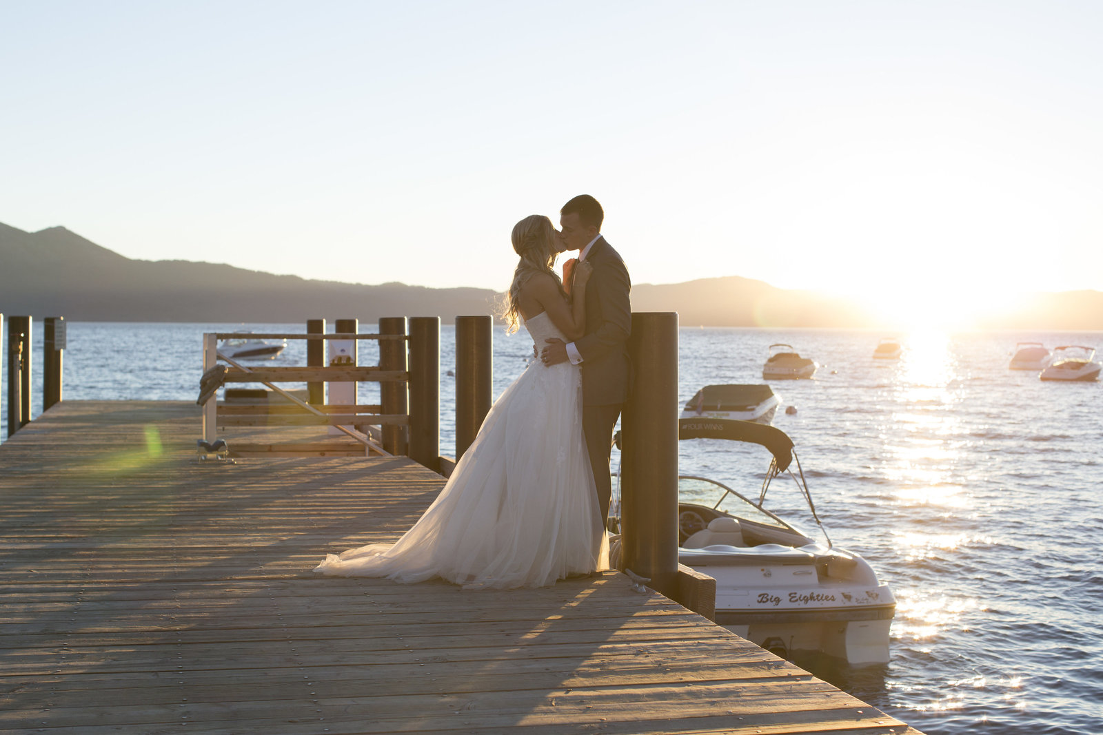 Jessi-Zach-Photography-Lake-Tahoe-Wedding-Photographer-Round-Hill-Pines_1