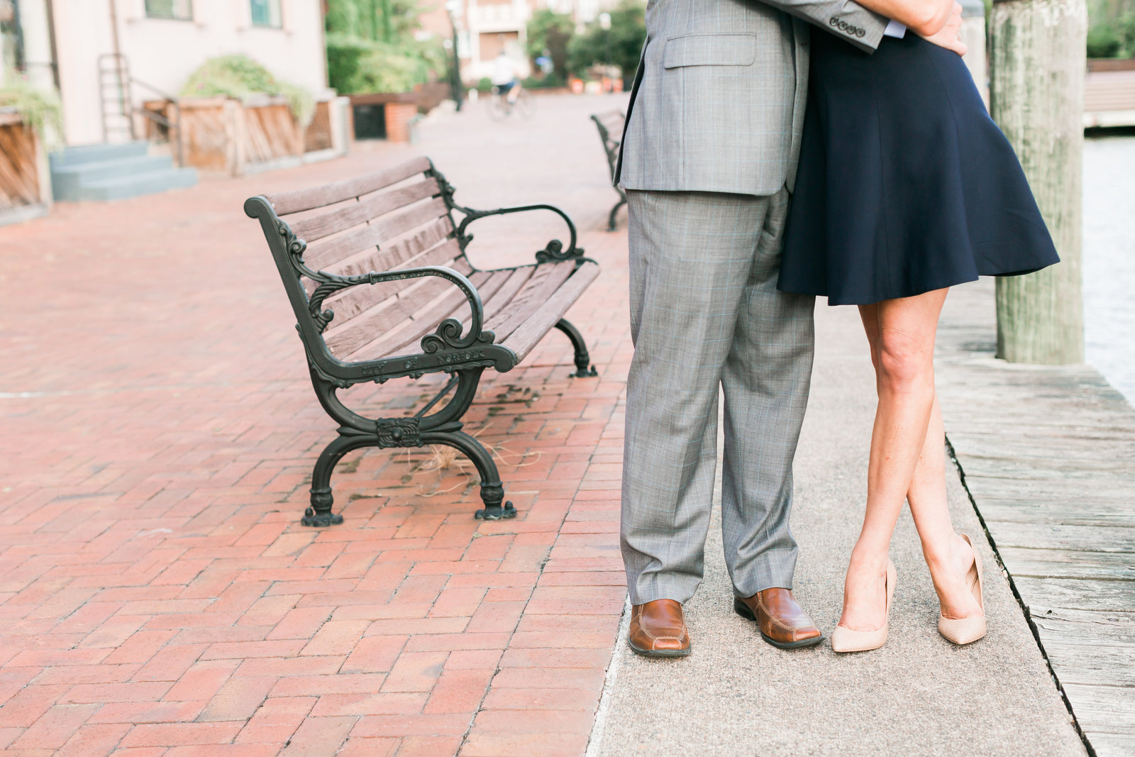 Downtown Norfolk Classic Engagement Session by Elizabeth Friske Photography-4