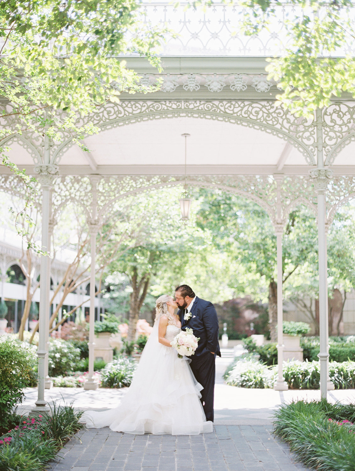 the_crescent_dallas_wedding_photographer_bethany_erin-58