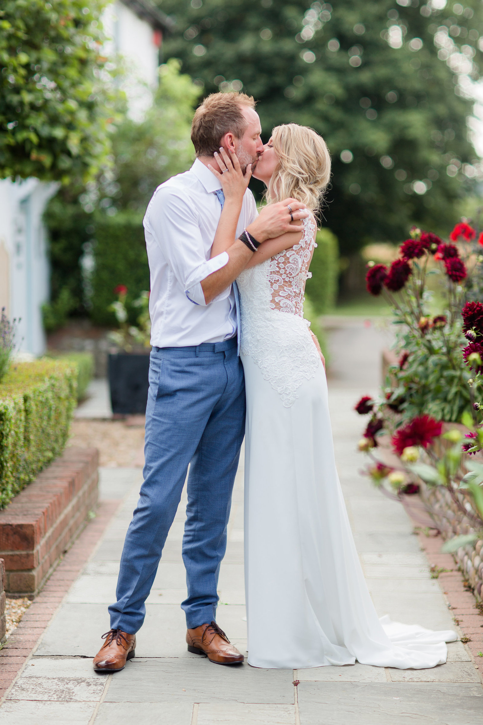 adorlee-0452-southend-barns-wedding-photographer-chichester-west-sussex