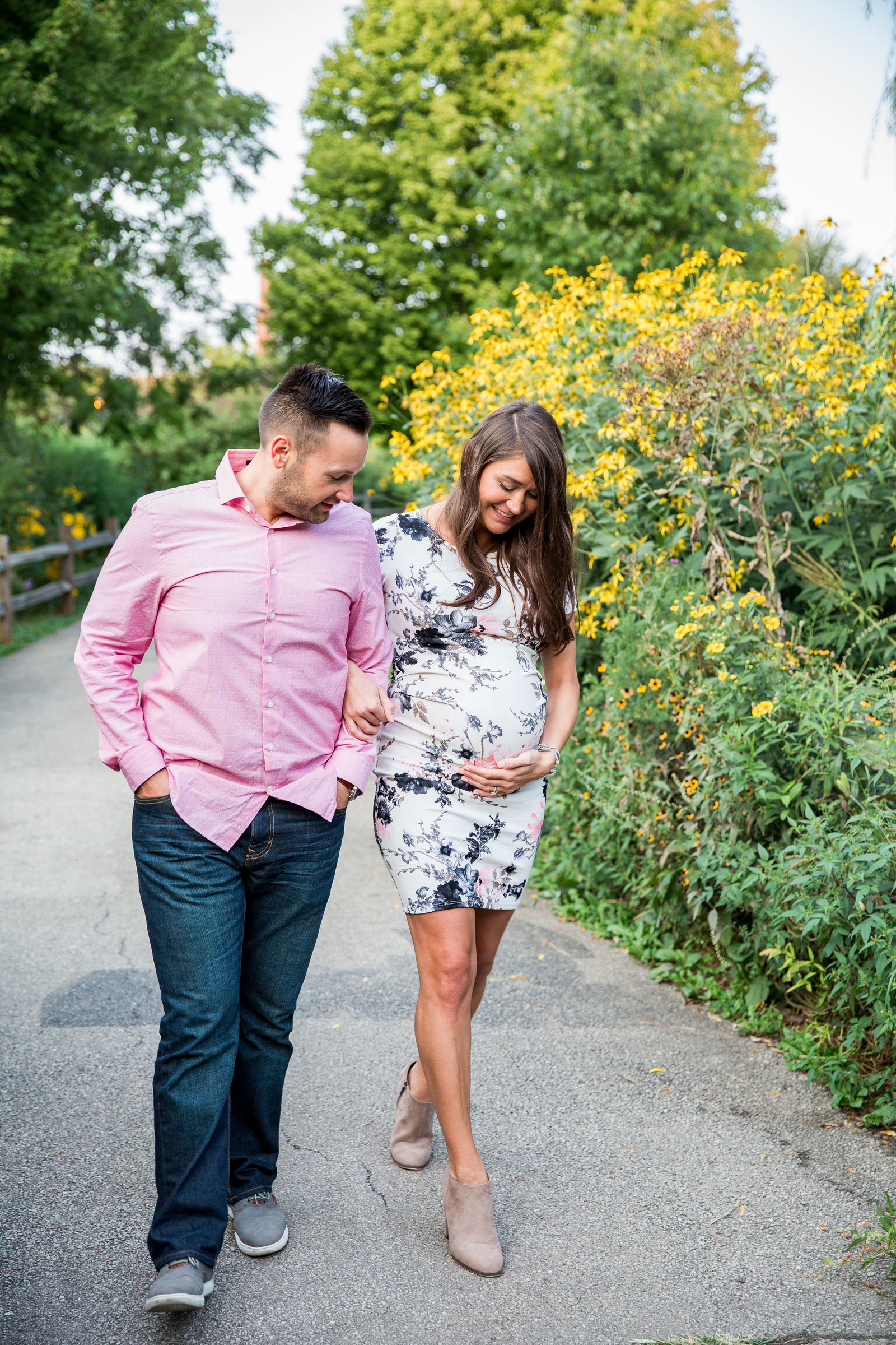 Chicago Maternity & Pregnancy Organic Natural Light Photographer