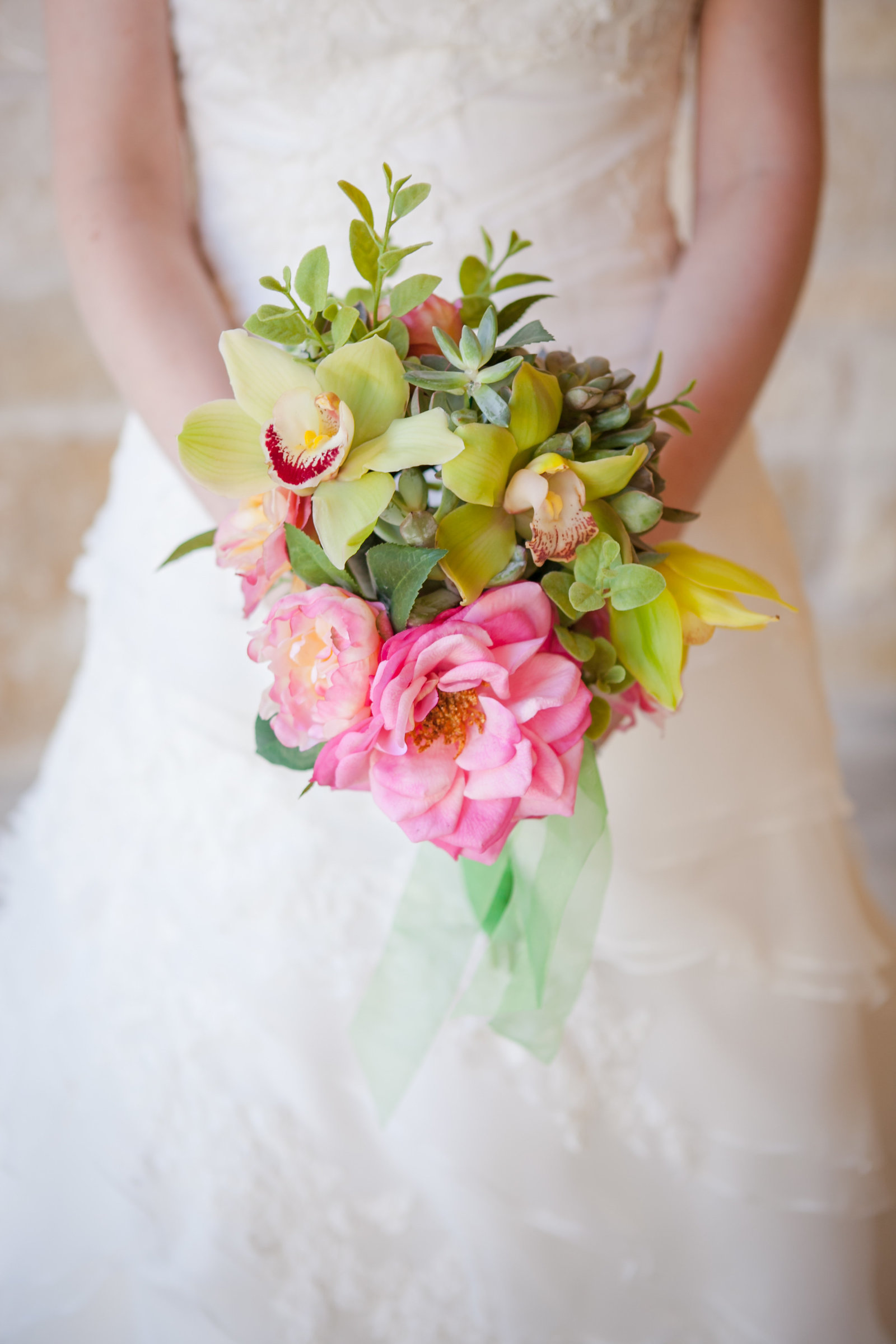Austin Family Photographer, Tiffany Chapman, bride with pink and green flowers  photo