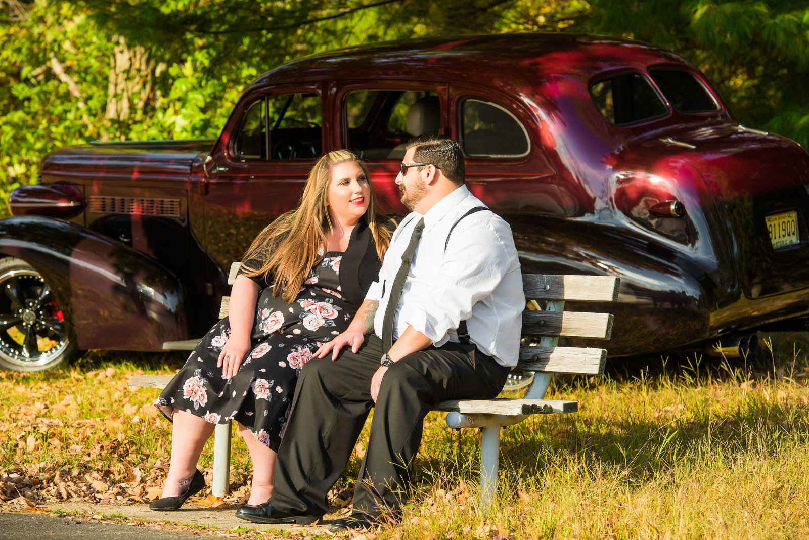 Retro_Pinup_Car_engagement_session_Nj055