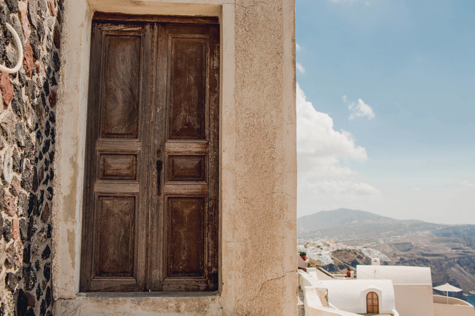 wood-door-destination-travel-santorini-wedding-kate-timbers-photo-2533
