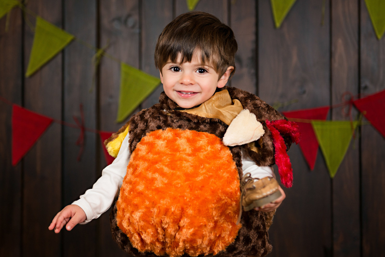 caitlin-chadwick-studios-holiday-mini-portrait-beautiful-brunette-brown-eyed-boy-toddler-happy-organic-woodsy-autumn-colors-turkey-costume_0003-3500