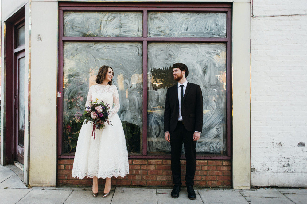 Hannah-and-Joes-Stoke-Newington-Town-Hall-and-Pub-Wedding-104-1000x665