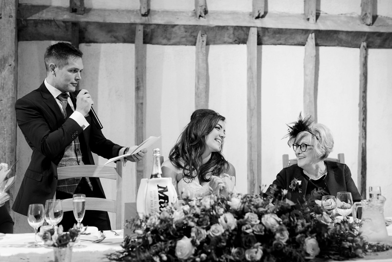 adorlee-0335-southend-barns-wedding-photographer-chichester-west-sussex