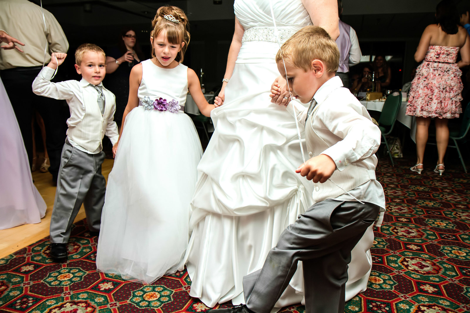 wedding photography dancing kids at reception