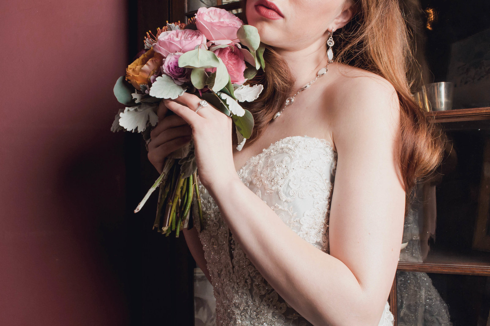 bouquet-david-tutera-mon-cheri-bridal-sweetwater-farm-winery-philadelphia-fashion-delaware-main-line-today-magazine-bridal-editorial-photography-kate-timbers253