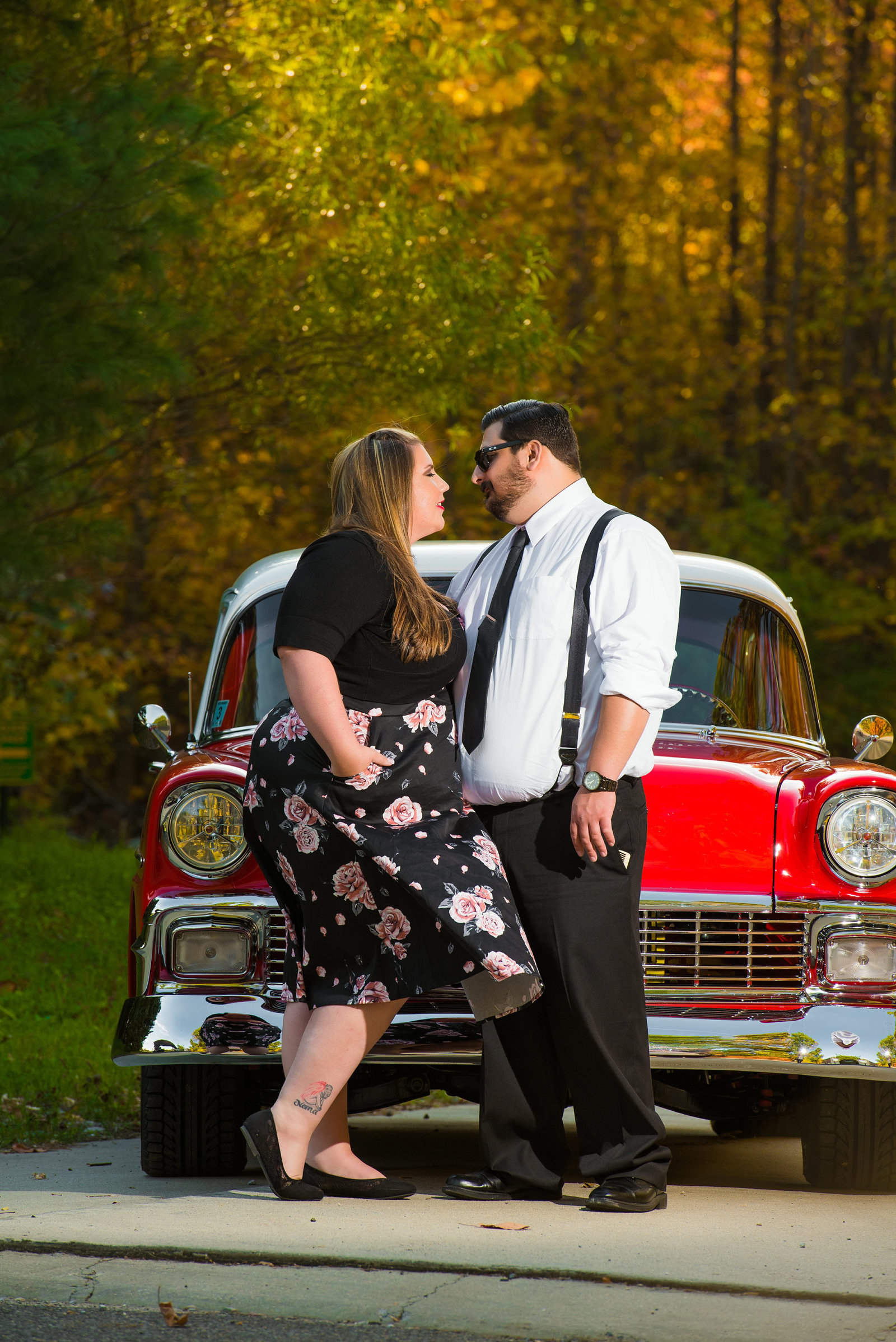 Retro_Pinup_Car_engagement_session_Nj047