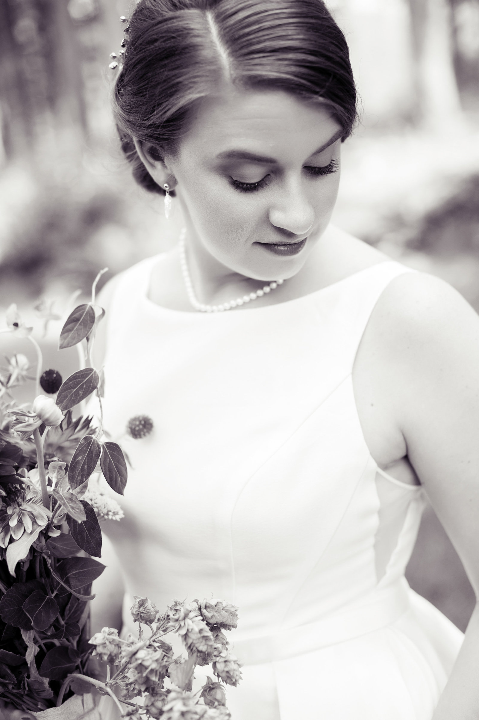 pretty black and white bridal portrait