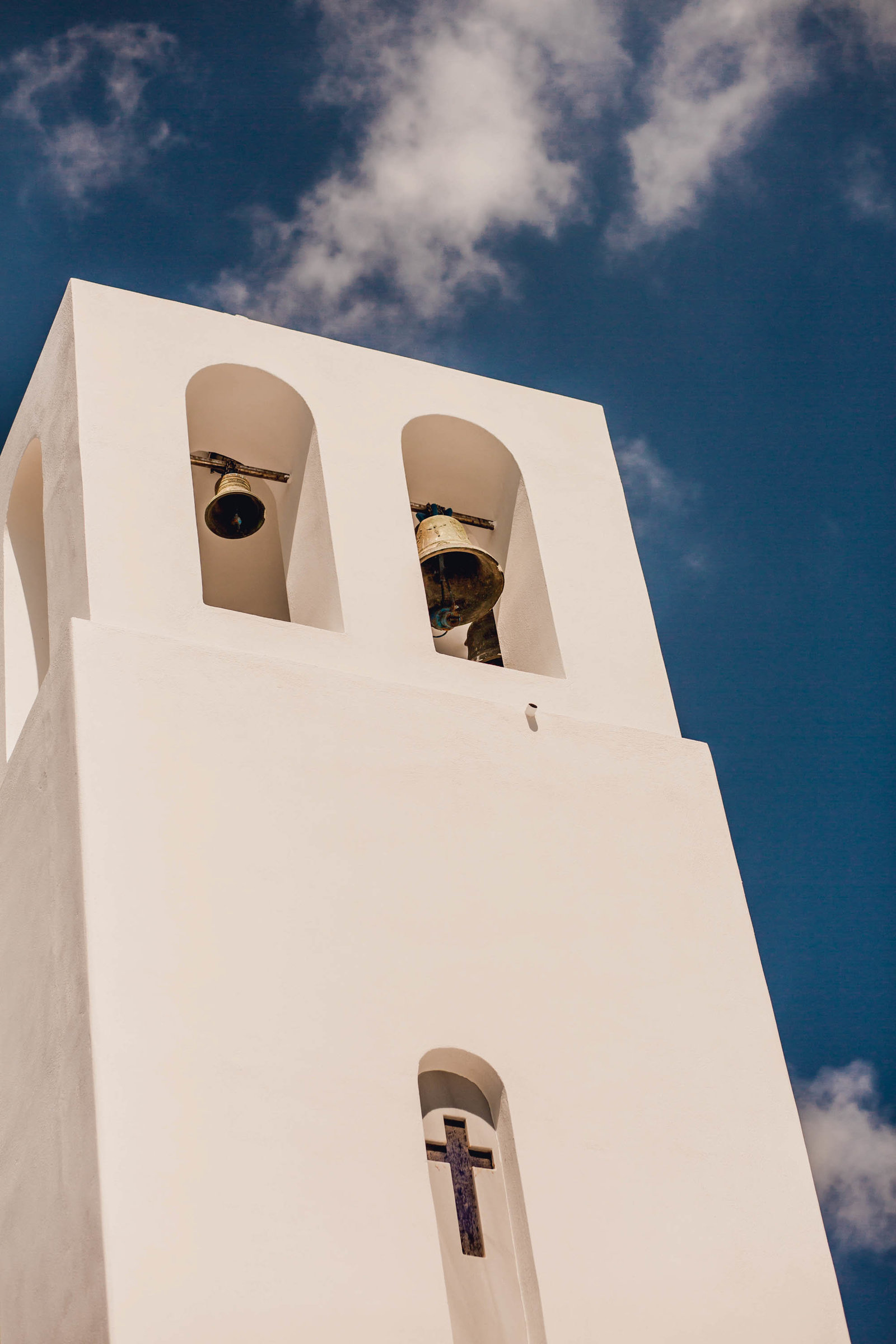 church-bell-destination-travel-santorini-wedding-kate-timbers-photo-2507