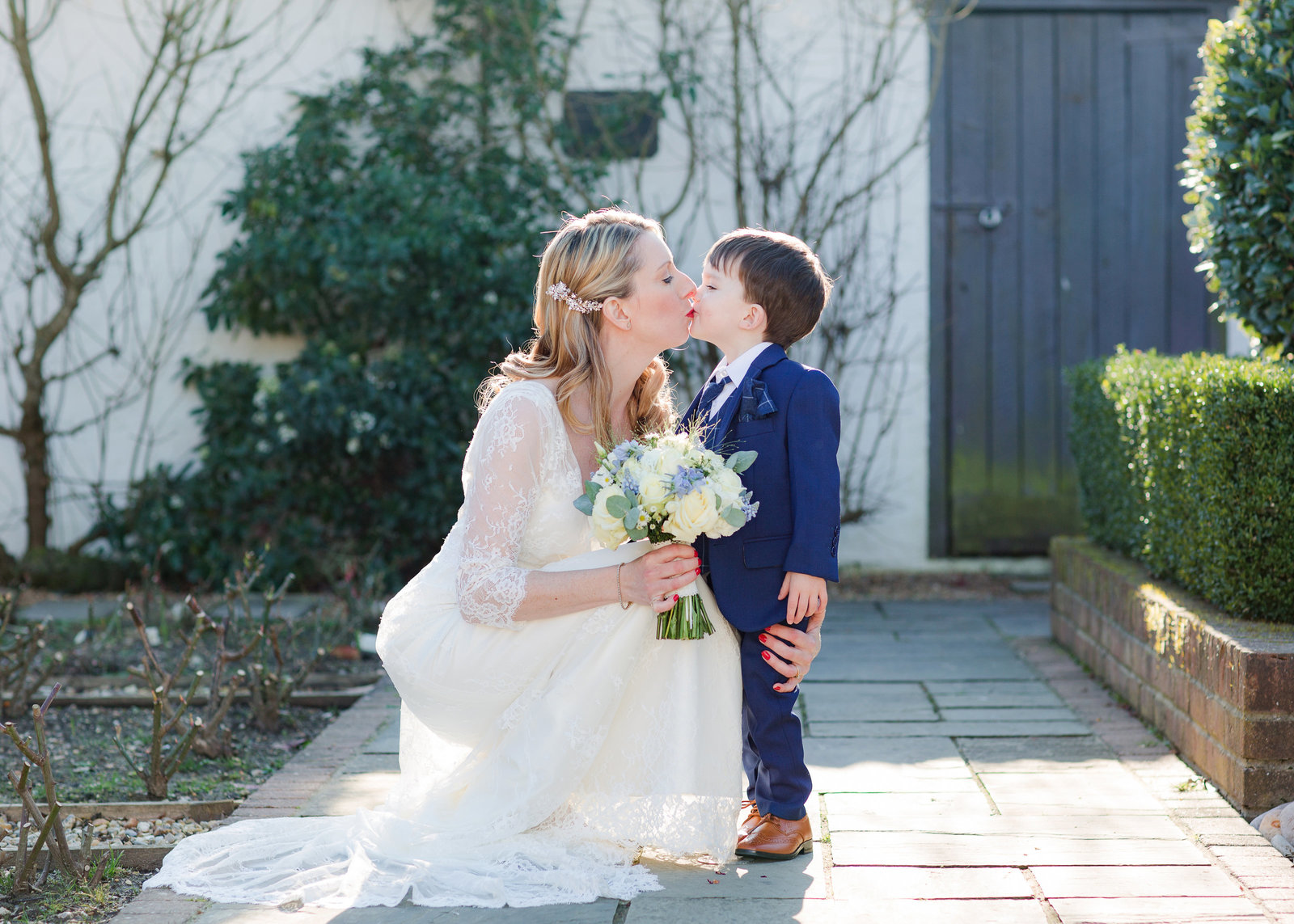 adorlee-0914-southend-barns-wedding-photographer-chichester-west-sussex