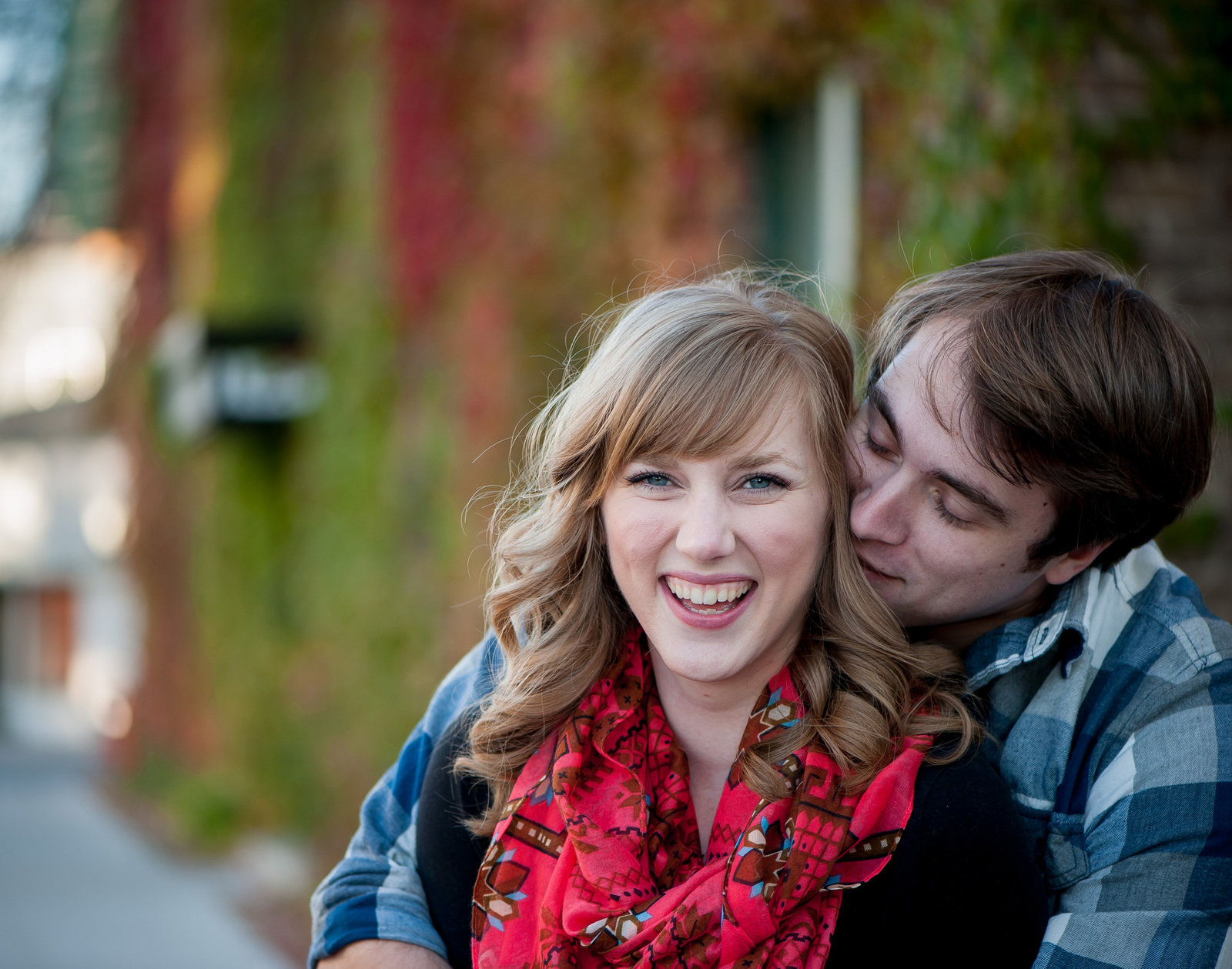 Fall Fargo Engagement photos kriskandel