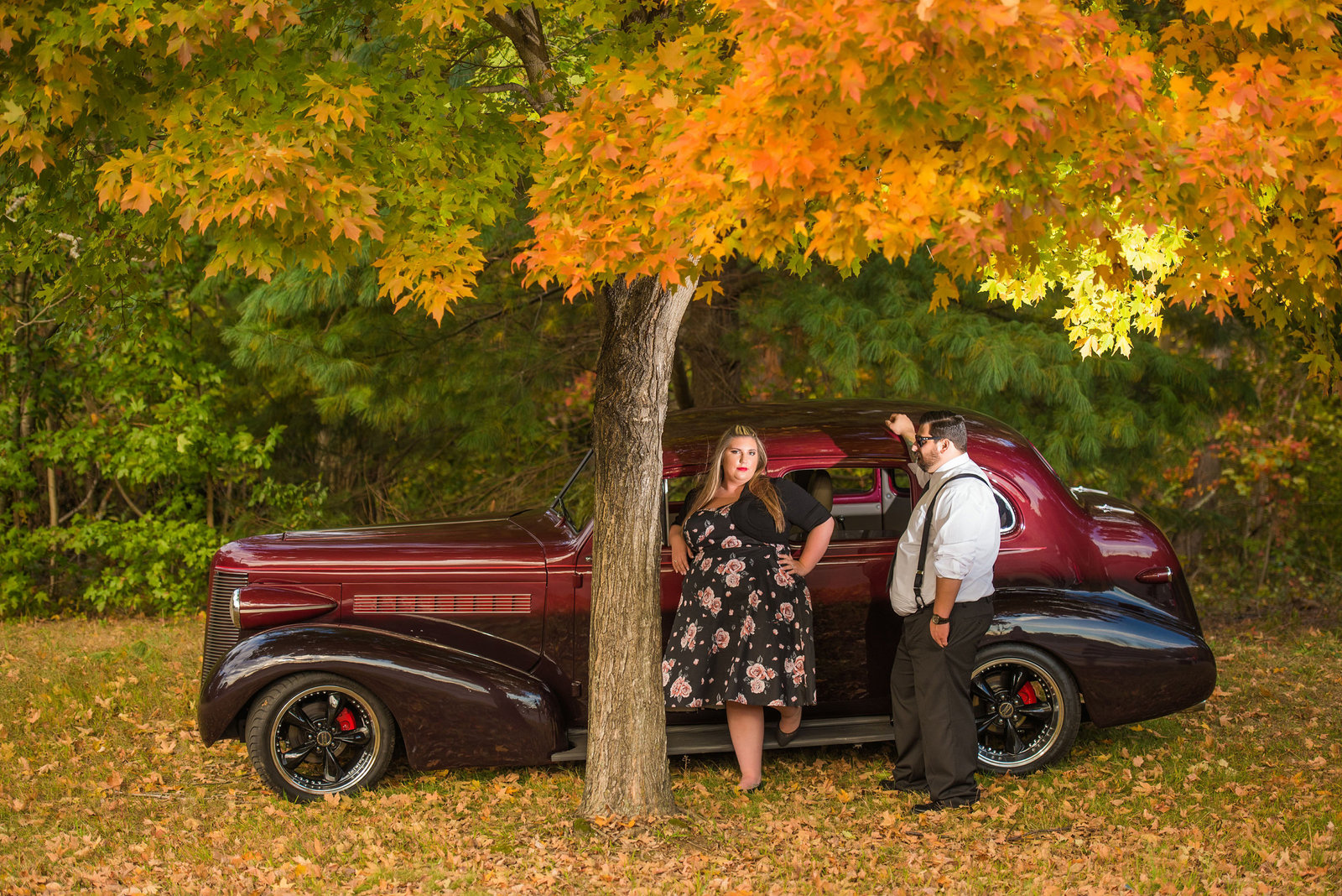 Retro_Pinup_Car_engagement_session_Nj071