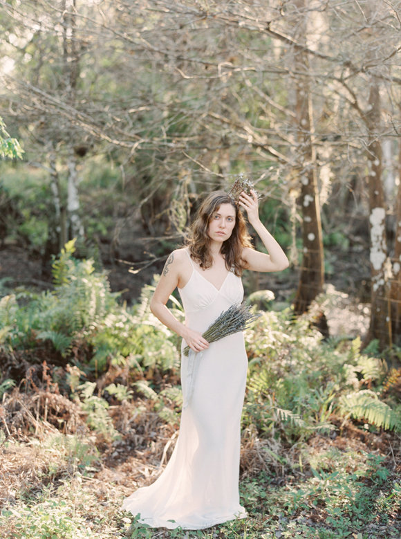 organic-outdoor-boudoir-inspiration-gossamer-gathered-melanie-gabrielle-photography-116