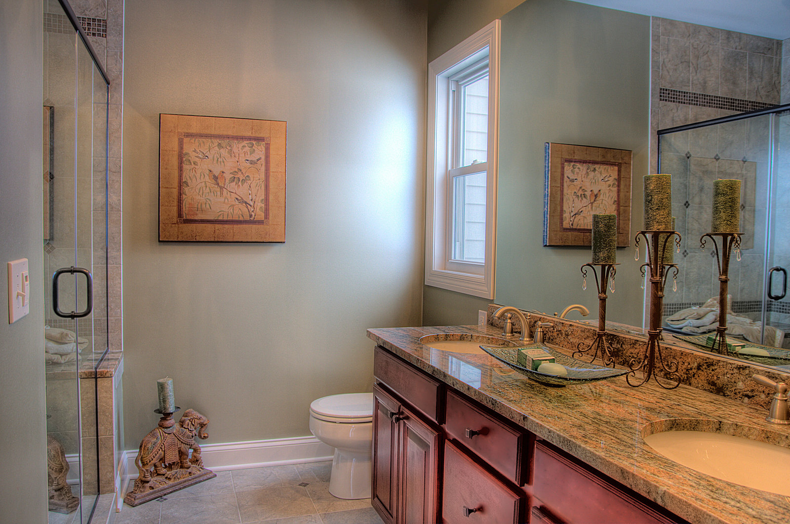 Real Estate Master Bathroom