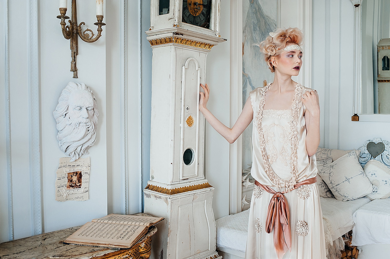 Marthe_1920s_style_flapper_wedding_dress_JoanneFlemingDesign (1)