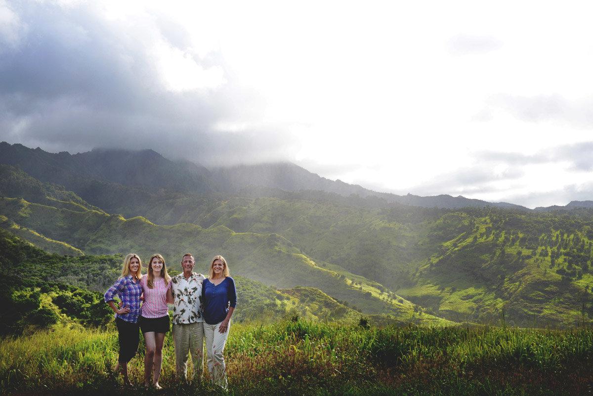 oahu family photos hawaii wedding photographer bryan newfield photography solsonara 27