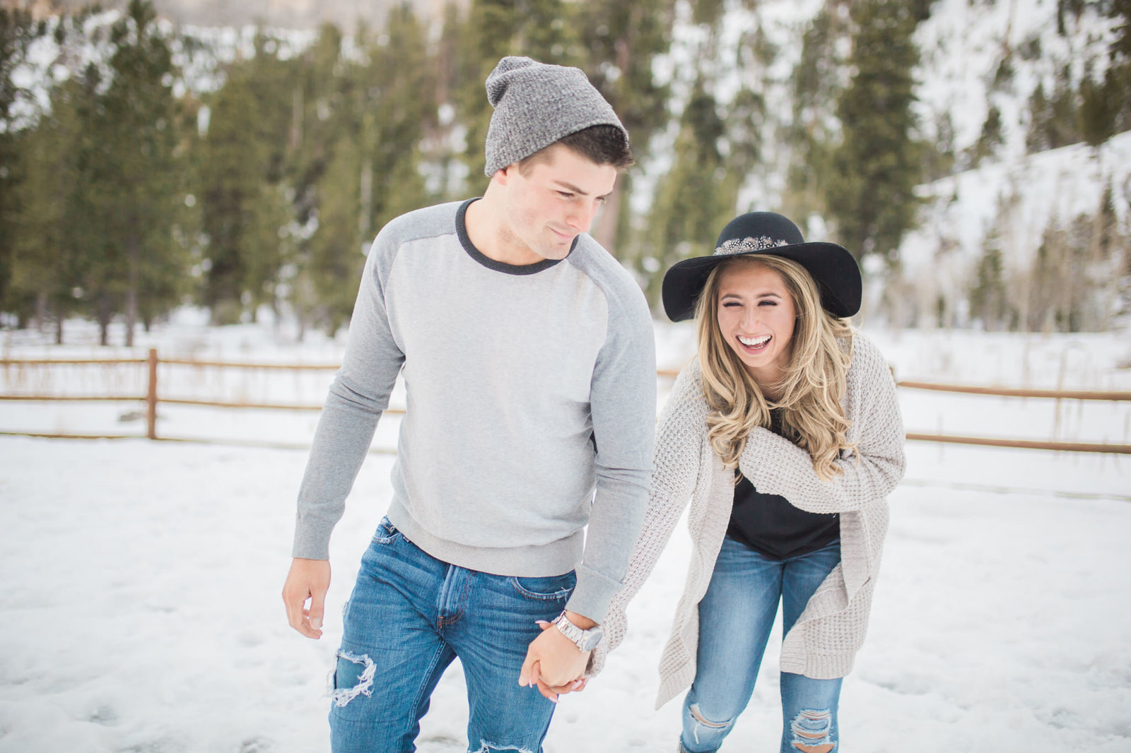 mt-charleston-las-vegas-winter-snowy-engagement-6