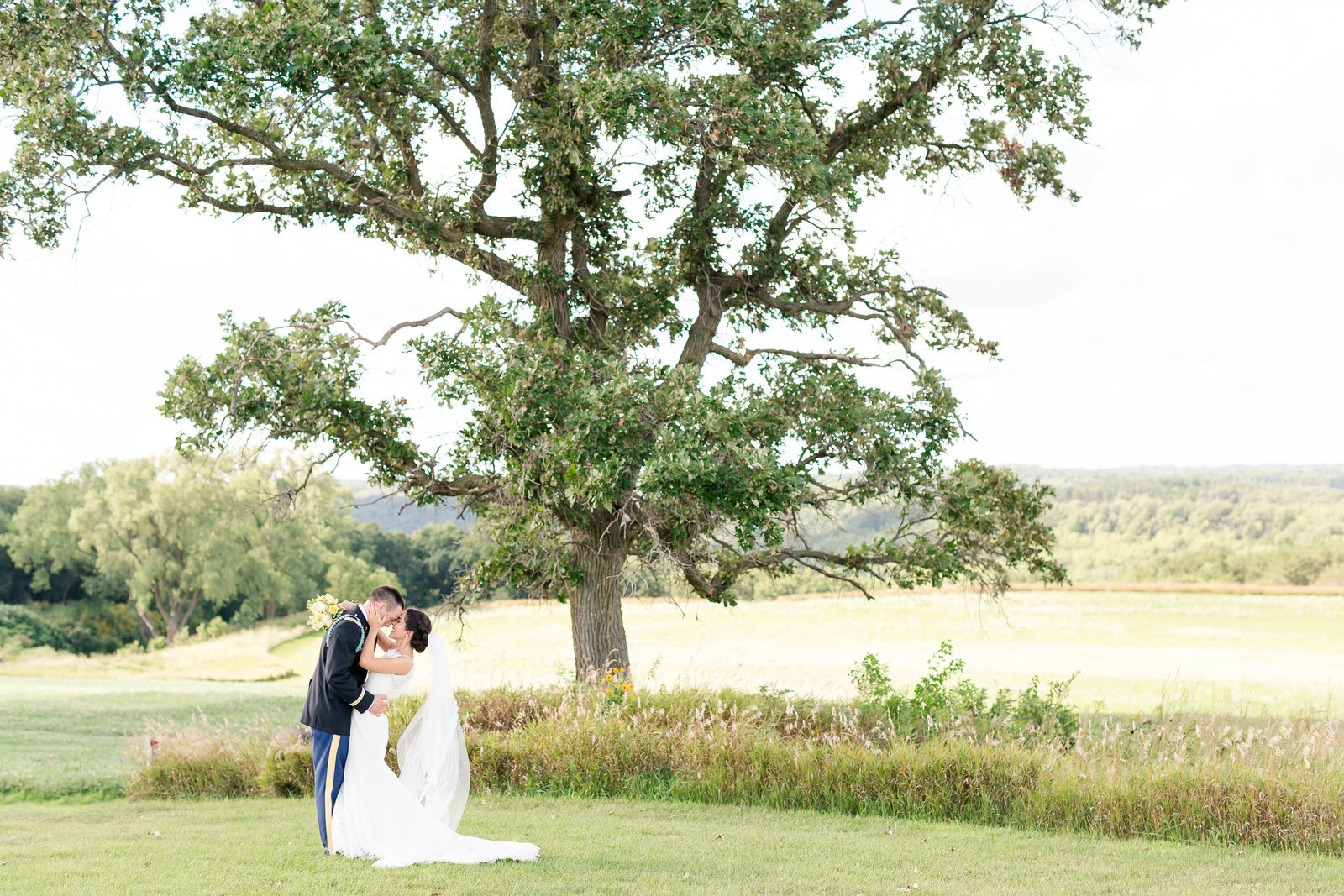 Maison Meredith Photography Wisconsin Wedding Photographer 012