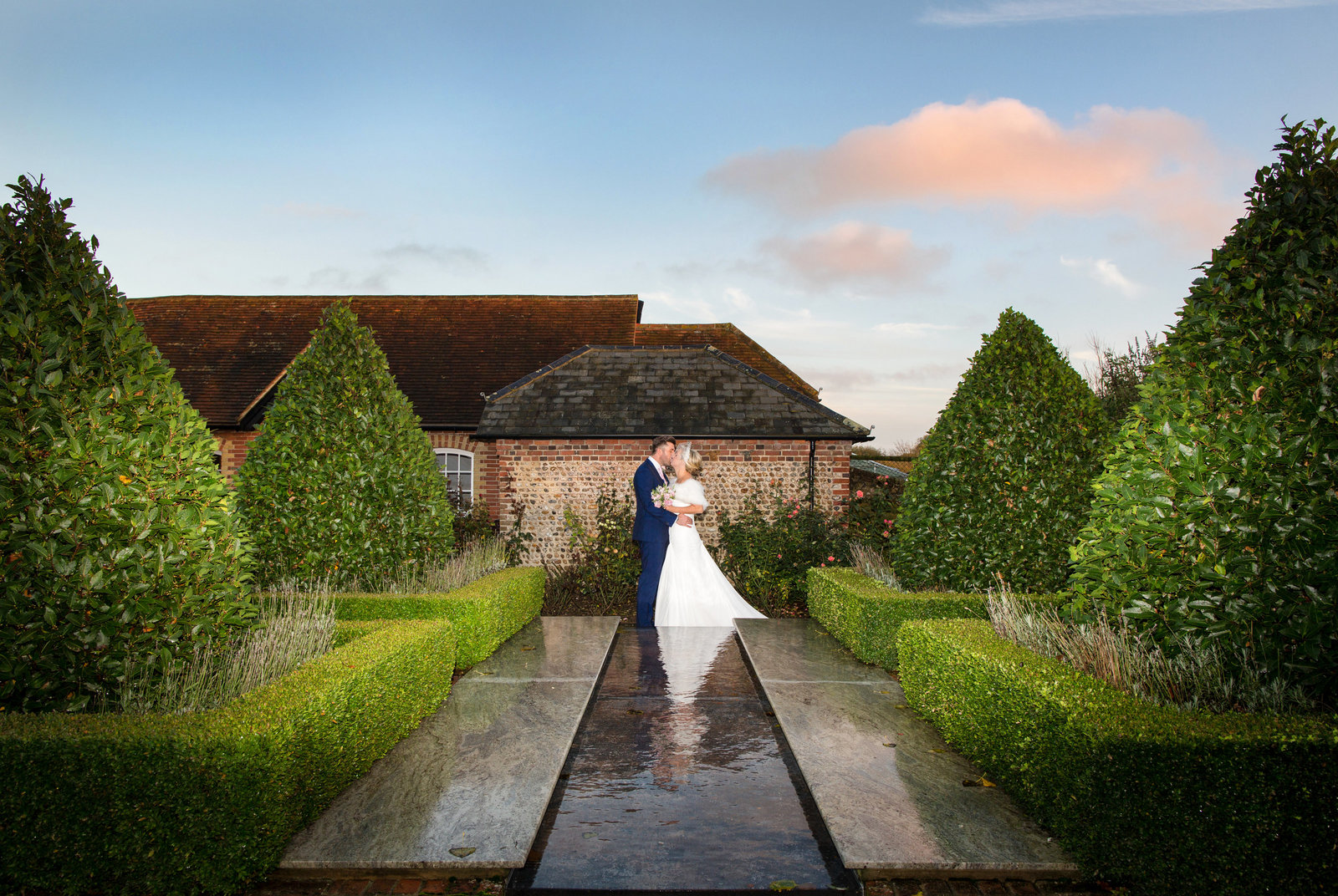 adorlee-0829-southend-barns-wedding-photographer-chichester-west-sussex