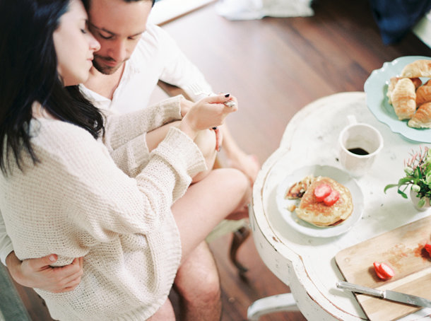breakfast-in-bed-couples-boudoir-melanie-gabrielle-photography-29