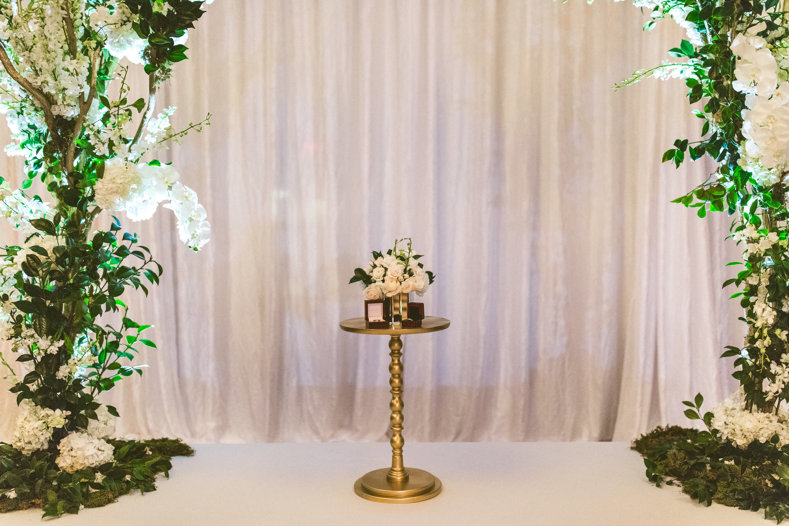 White and Gold Greenery Wedding