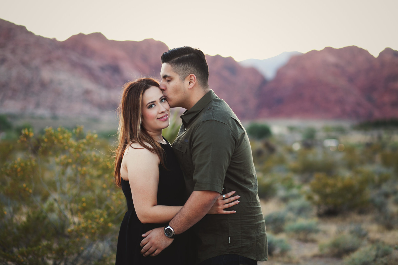 outdoor engagement photos in OR | Susie Moreno Photography
